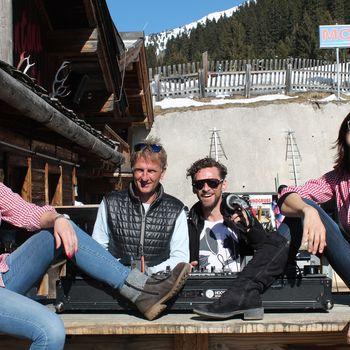 Party mit DJs auf der Montana Alm